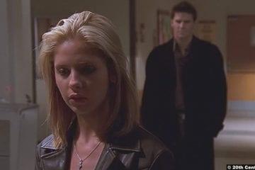 Buffy The Vampire Slayer S02e19: Sarah Michelle Gellar and David Boreanaz as Buffy Summers and Angelus