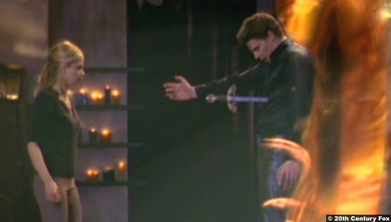 Buffy The Vampire Slayer S02e22 Sarah Michelle Gellar and David Boreanaz as Buffy Summers and Angel