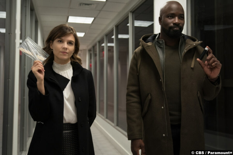 Evil S02e01: Katja Herbers and Mike Colter as Kristen Bouchard and David Acosta