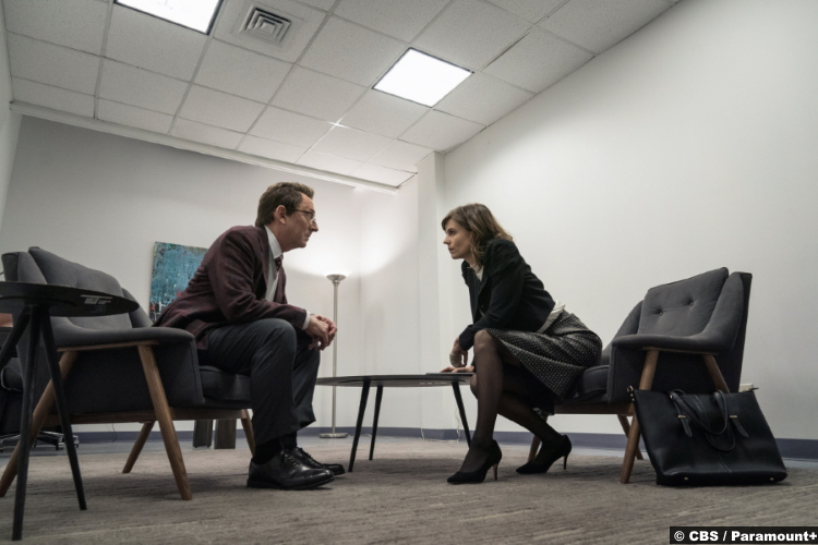 Evil S02e01: Michael Emerson and Katja Herbers as Leland Townsend and Kristen Bouchard