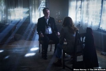 Nancy Drew S02e17: Andrew Airlie and Kennedy McMann as Everett Hudson and Nancy