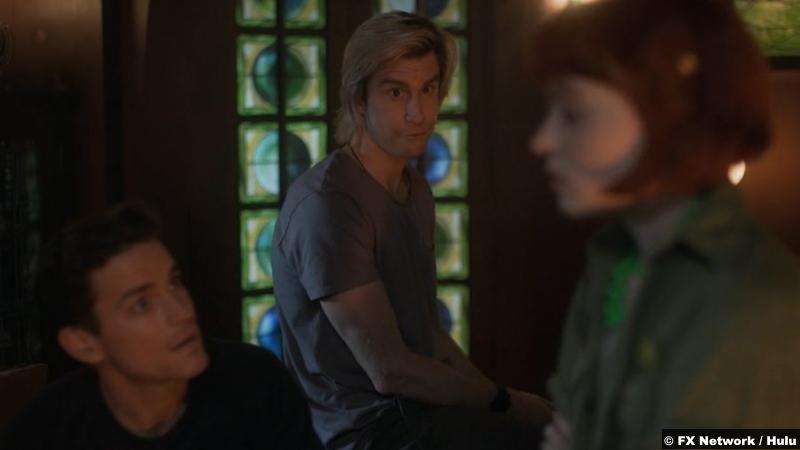 American Horror Stories S01: Matt Bomer, Gavin Creel and Sierra McCormick as Michael, Troy and Scarlett