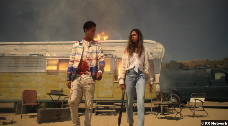 American Horror Stories S01e03: Rhenzy Feliz and Madison Bailey as Chad and Kelley