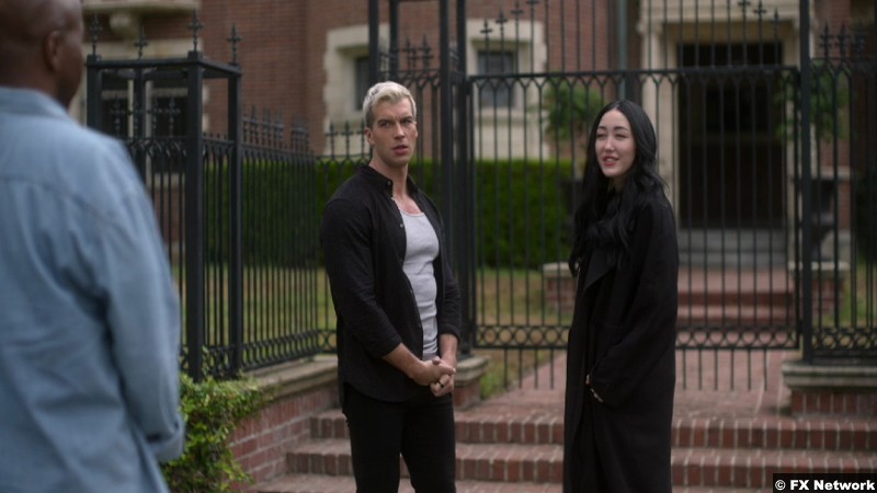 American Horror Stories S01e07: Adam Hagenbuch and Noah Cyrus as Dylan and Connie