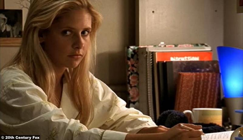 Buffy The Vampire Slayer S04e02: Sarah Michelle Gellar as Buffy Summers