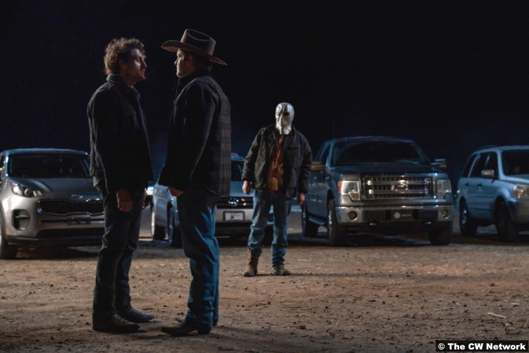 Roswell, New Mexico S03e03: Michael Vlamis and Michael Grant Terry as Michael Guerin and Jordan Bernhardt