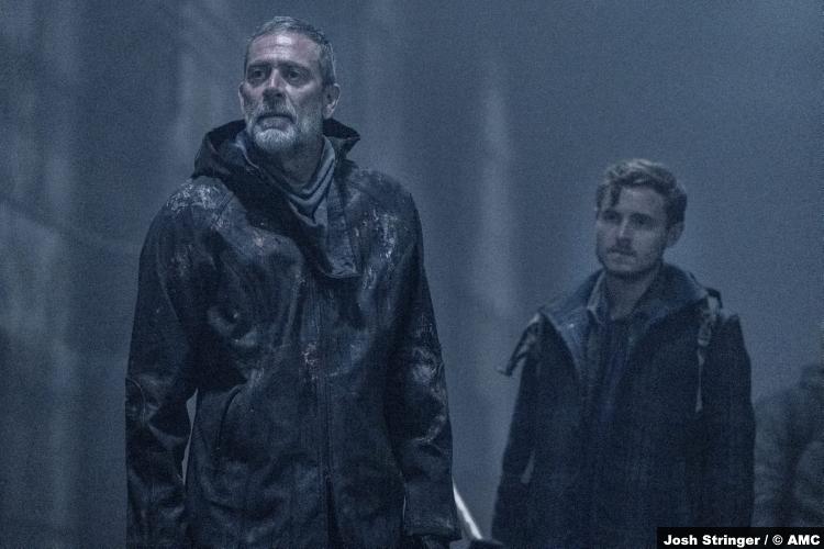 The Walking Dead S11e01: Jeffrey Dean Morgan and Callan McAuliffe as Negan and Alden