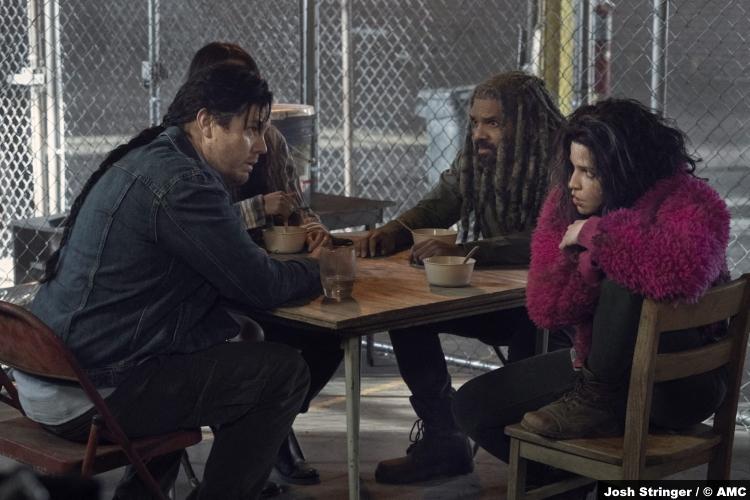 The Walking Dead S11e01: Josh McDermitt, Eleanor Matsuura, Khary Payton Paola Lázaro as Eugene, Yumiko, Ezekiel and Princess
