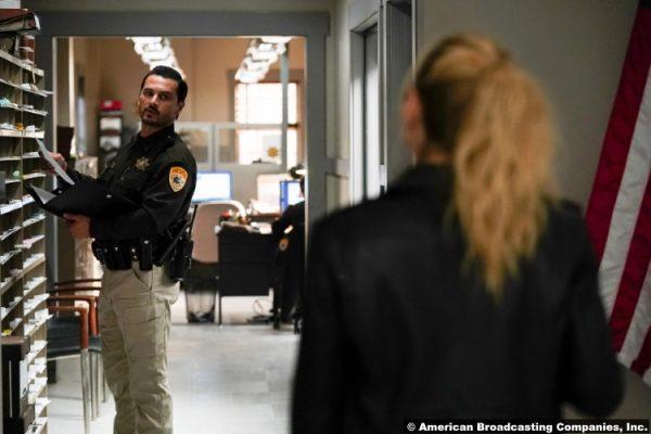 Big Sky S02e02: Michael Malarkey as Deputy Harvey
