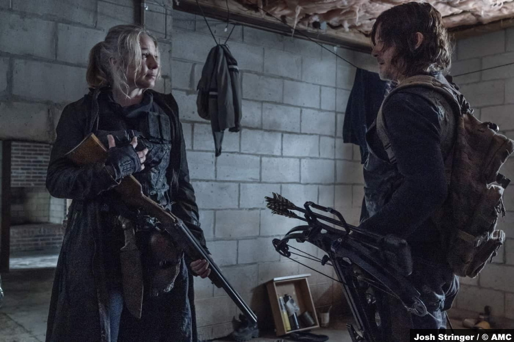 The Walking Dead S11e07: Lynn Collins and Norman Reedus as Leah and Daryl